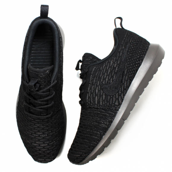 Nike Flyknit Roshe Run 'Blackout'