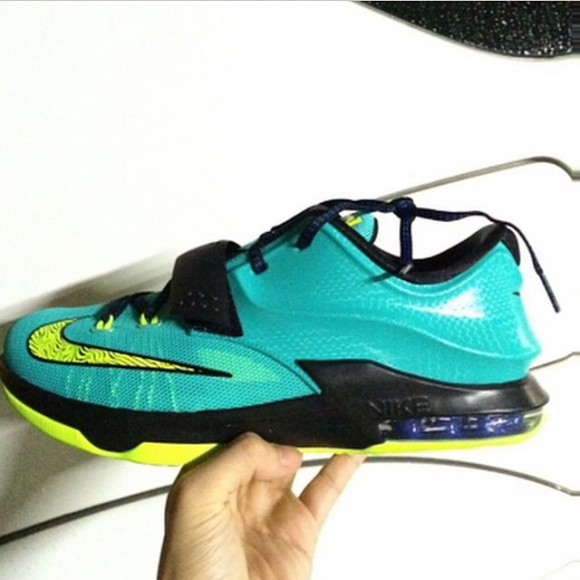 Nike KD 7 'Lightning' – First Look