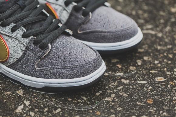 Nike SB Dunk Low Premium QS 'Beijing' - Detailed Look + Release Info 4