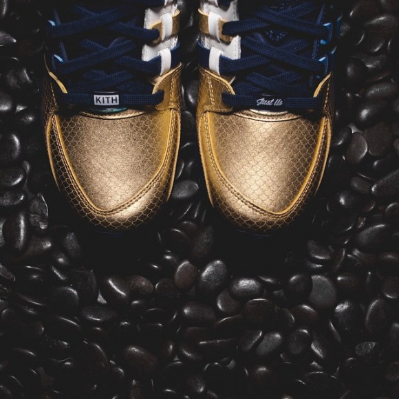 Ronnie Fieg x adidas EQT Support 'NYC's Bravest'3