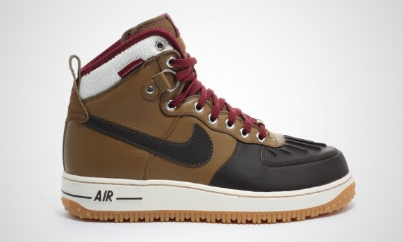 nike-air-force-1-duckboot-1