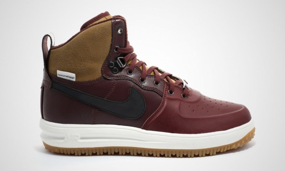 nike-air-force-1-duckboot-2
