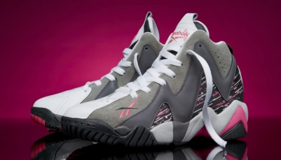reebok-kamikaze-ii-breast-cancer-awareness-700x400