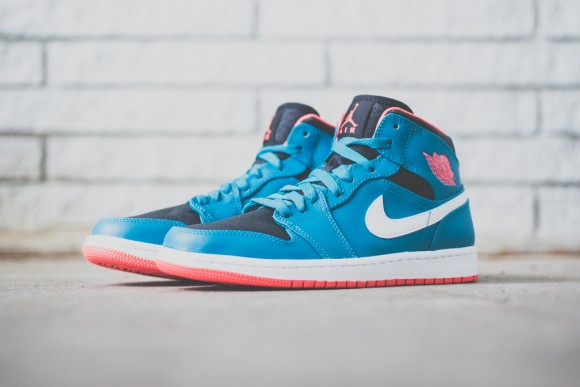 Air Jordan 1 Mid - Tropical Teal:Infrared - New Images