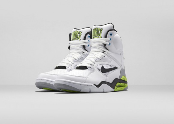 Air_Command_Force_White-3Q_Pair-HO14_large