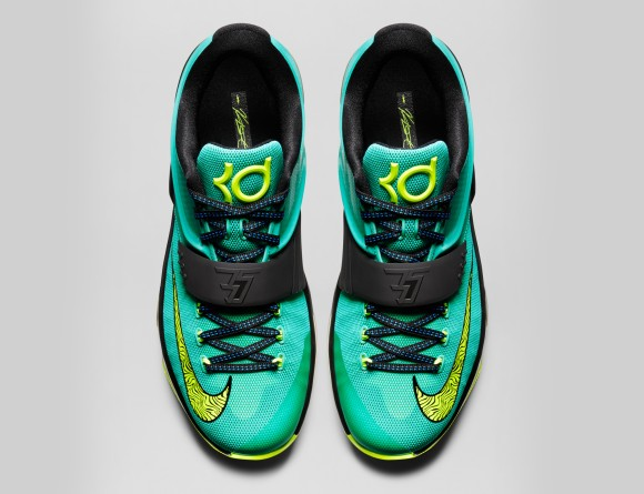 KD7-Uprising-653996_370_topdown_FB_original