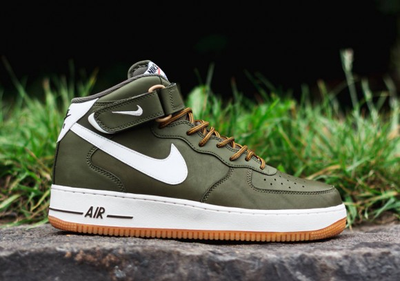 Nike Air Force 1 Mid Medium Olive:Sail:Light Brown 2