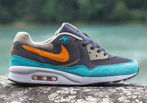 Nike Air Max Light Anthracite:Copper Flash:Bamboo 1