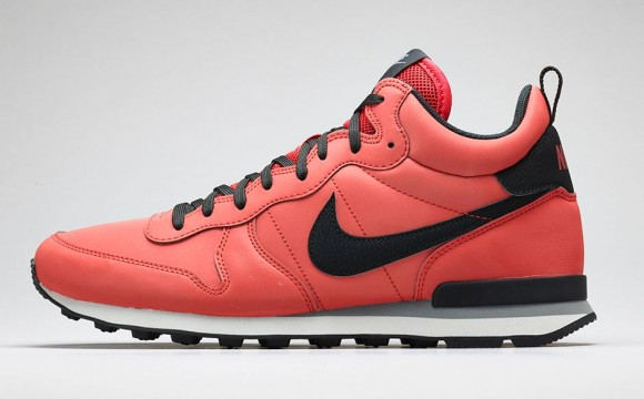 Nike Internationalist Mid-11