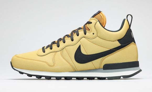 Nike Internationalist Mid-8
