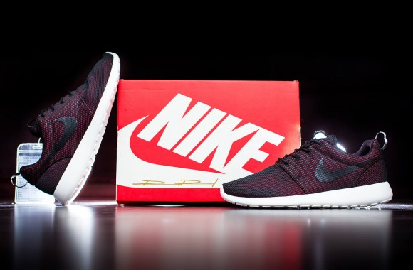 Nike Sportswear Created These Sneakers For TeamRoshe