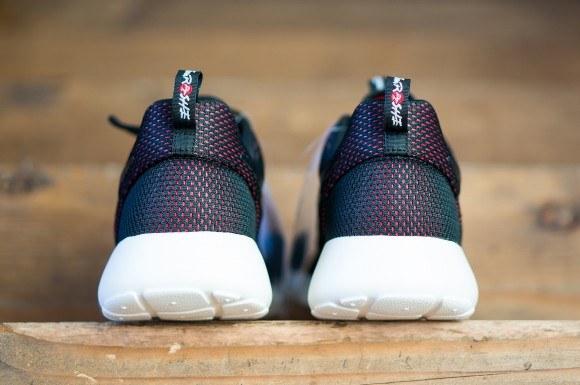 Nike Sportswear Created These Sneakers For TeamRoshe7
