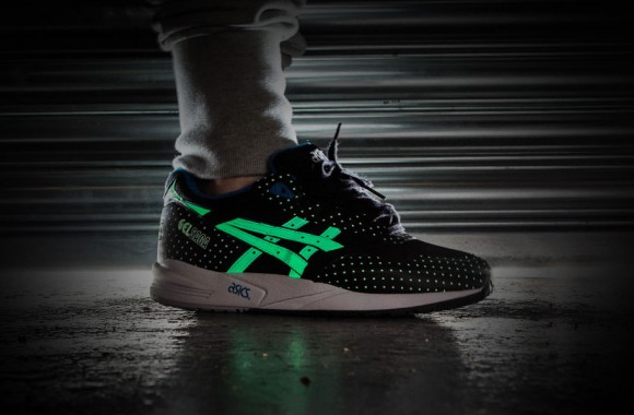 asics-glow-in-the-dark-pack-04