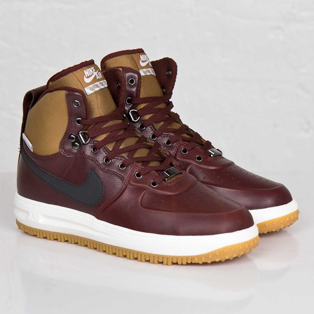 détaillant en ligne 1feca 40593 Nike Air Force 1 Duckboots Available Now