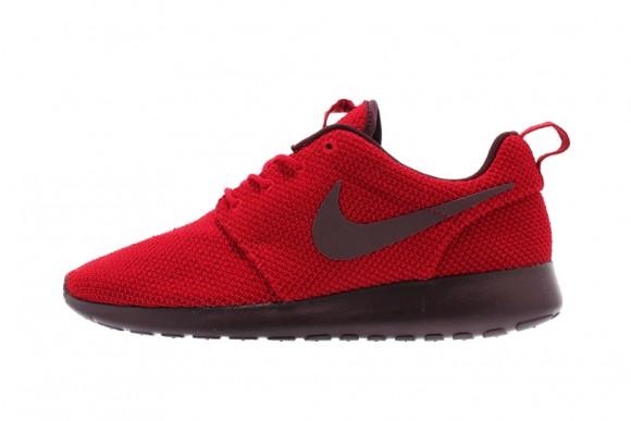 nike-roshe-run-gym-red-deep-burgundy-1