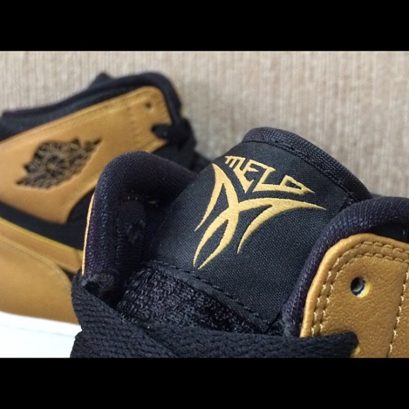 Air Jordan 1 Retro High 'Melo' - Another Look3
