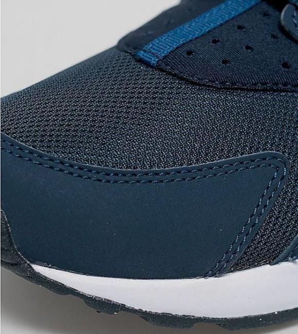 Nike Air Huarache 'Obsidian' 6
