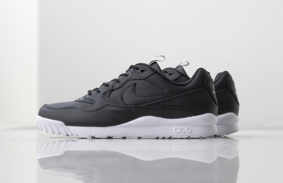 Nike Air Wildwood ACG Premium Black:White 1