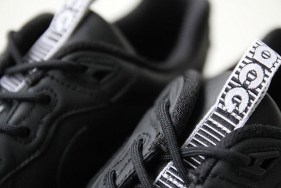 Nike Air Wildwood ACG Premium Black:White 5