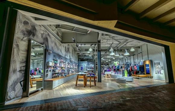 Nike-FI_Store_11.19.14-9_native_1600