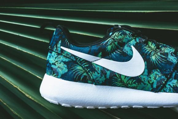 Nike Roshe Run Print Space Blue: Blue Jade5