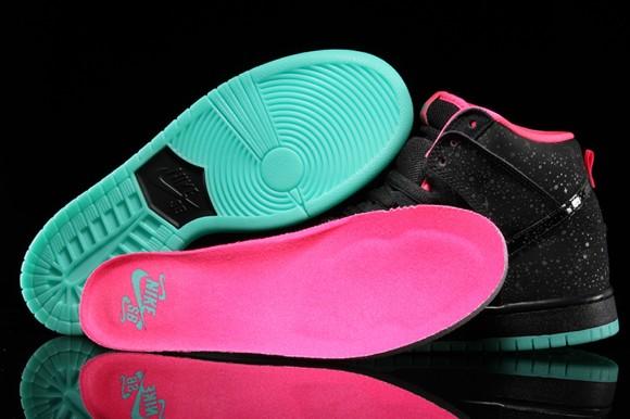 Premier x Nike SB Dunk High Premium 'Northern Lights' - Detailed Look + Release Info 6