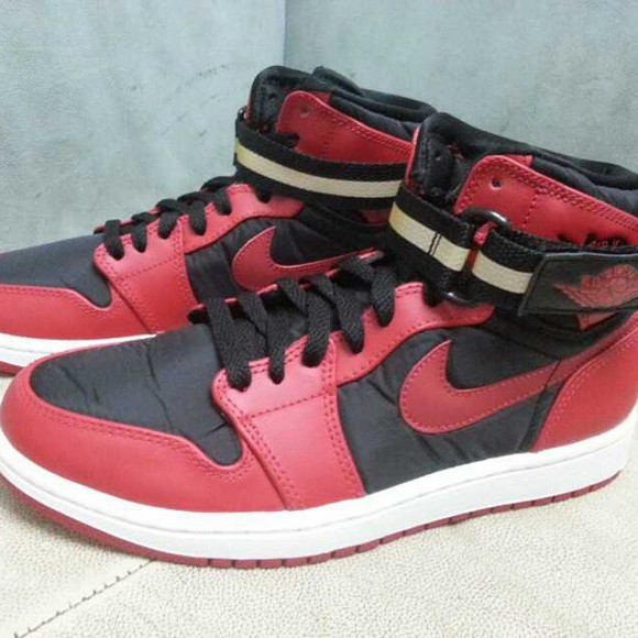 air-jordan-1-retro-high-strap-2015-1
