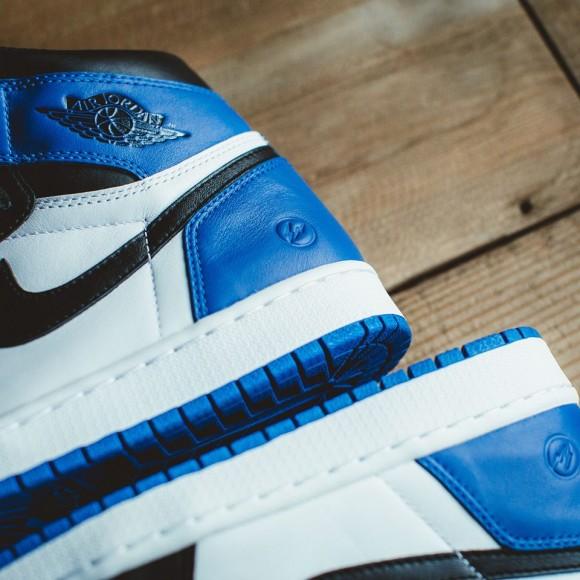 Air Jordan 1 x Fragment – Up Close & Personal2