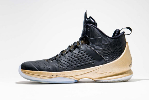 Jordan Melo M11 Black Gold – Detailed Look 3
