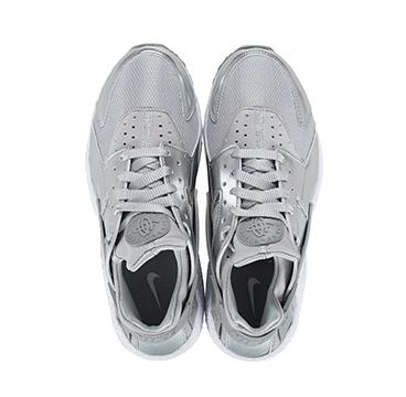Nike Air Huarache 'Metallic Silver' - Release Info4