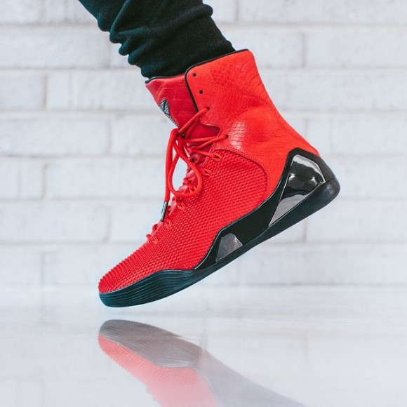 Nike Kobe 9 KRM EXT 'Challenge Red' – On-Feet Look1