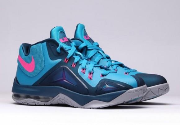 Nike LeBron Ambassador 7 'Blue Lagoon' 3