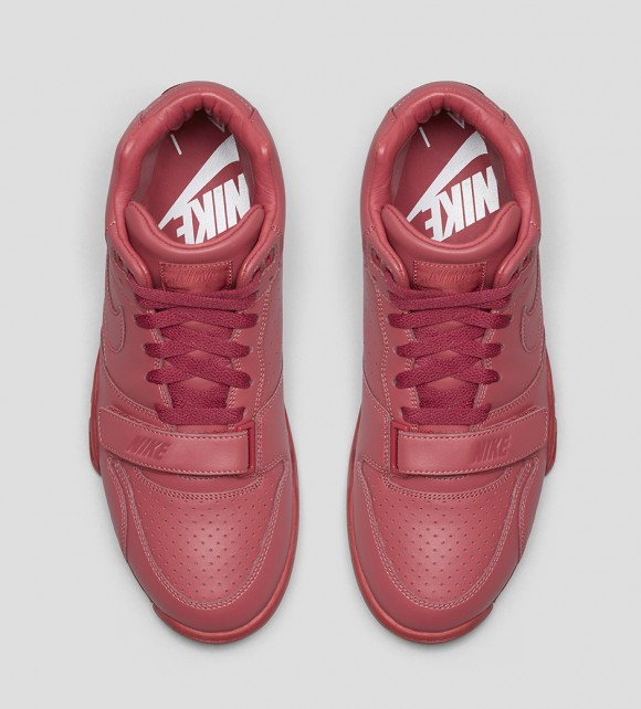 Nike Sportswear Air Trainer Collection 5
