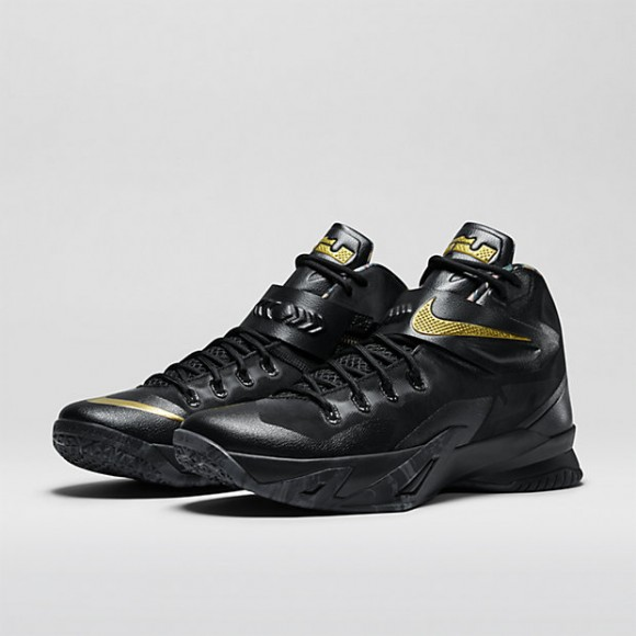 Nike Zoom Soldier 8 'Watch The Throne' – Available Now1