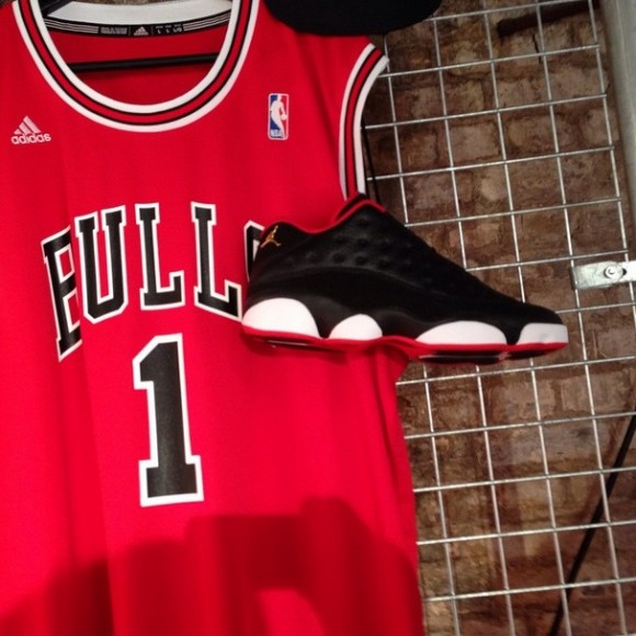 Air Jordan 13 Retro Low Black White – Red