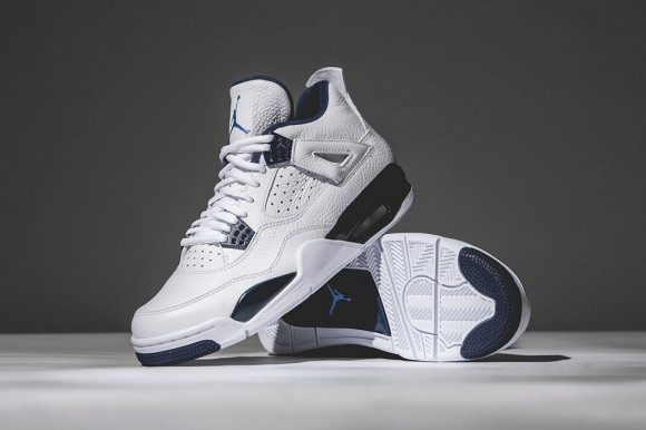 Air Jordan 4 Retro 'Columbia: Legend Blue' – Detailed Look2