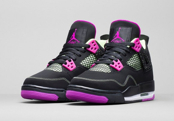 Air Jordan 4 Retro 'Fuchsia'