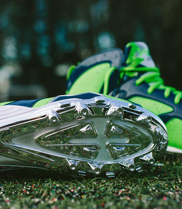 Earl Thomas Air Jordan VII Cleat 6