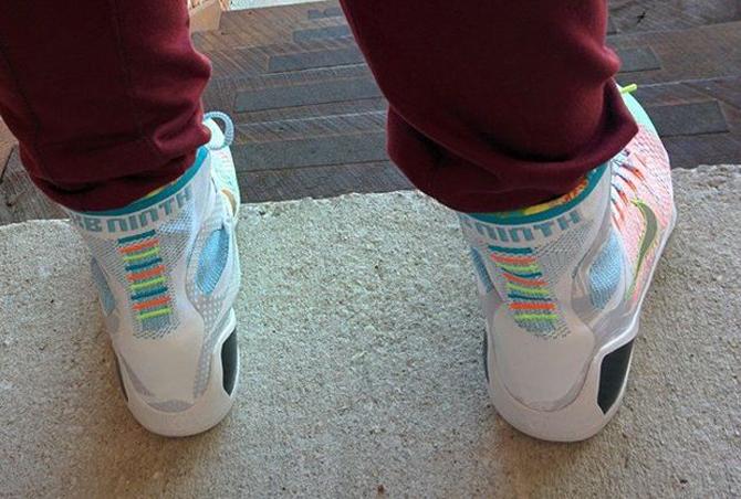 Nike Kobe 9 Elite 'What The' – On Feet