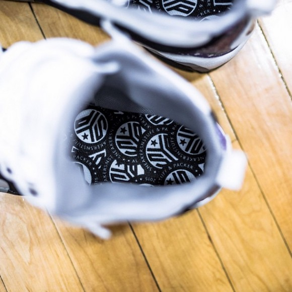 sns-packer-shoes-reebok-kamikaze-ii-pe-1