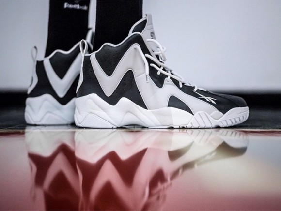 sns-packer-shoes-reebok-kamikaze-ii-token38