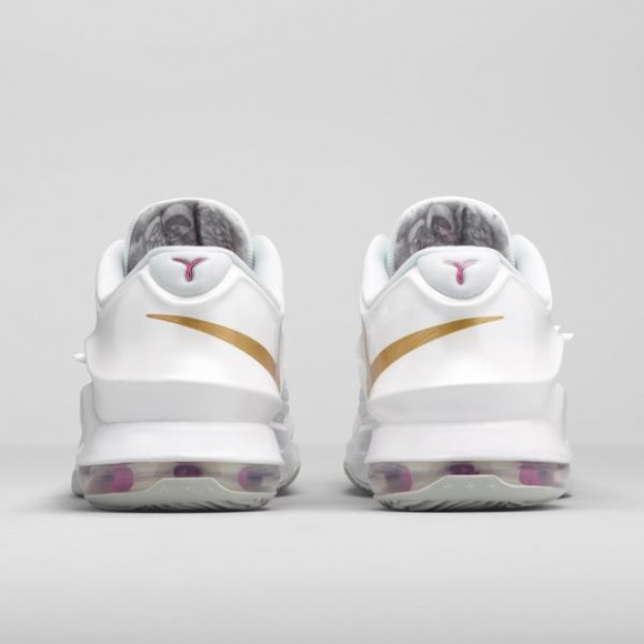 A Closer Look at the Inspiration Behind the Nike KD 7 'Aunt Pearl'-7