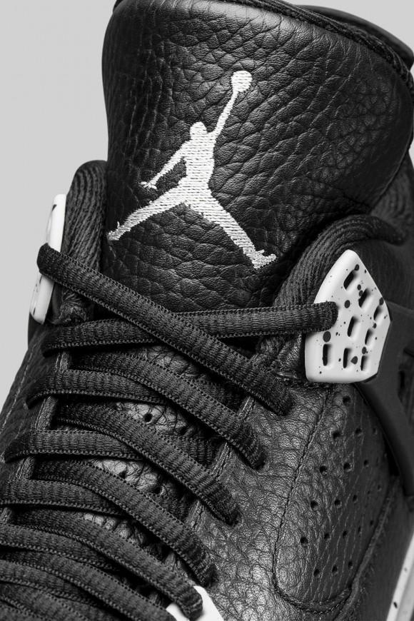 Air Jordan 4 Retro 'Tech Grey'-3