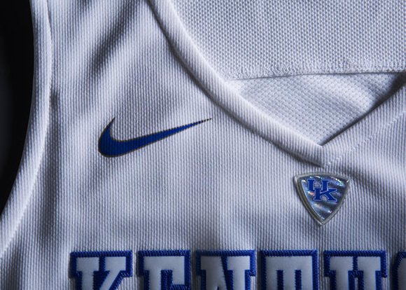Nike Hooks Up Eight NCAA Basketball Teams With New Uniforms for March Madness 3