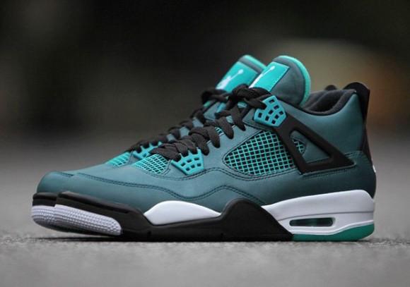 Air Jordan 4 Teal 2