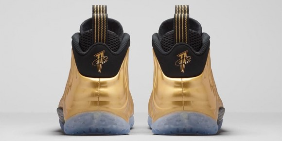 Foamposite One Metallic Gold 3