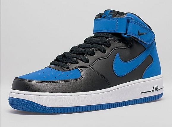 Nike Air Force 1 Mid 'Royal'