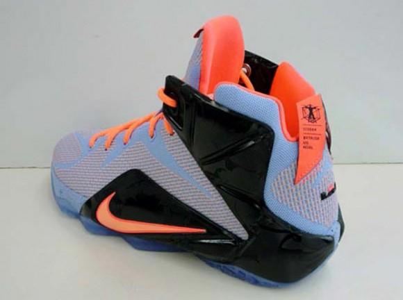 Nike LeBron 12 'Easter' 3