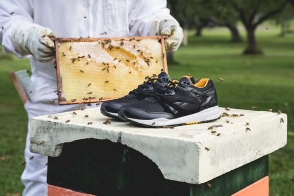 Sneakersnstuff x Reebok Ventilator Bees & Honey 2