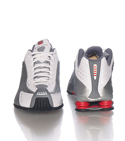 The Original Nike Shox R4 Makes A Return to Retail WearTesters